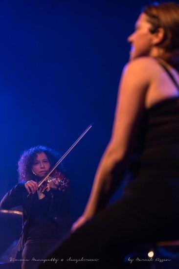 09__Vleugelvrouw__Theater_Cool_-_foto-_Marcel_Fossen